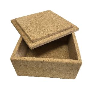 scatola cm. 20x20xh.10 con coperchio sagomato ad incastro – Per misure diverse contattaci